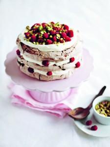 EXT Lomelinos Cakes_ pavlova