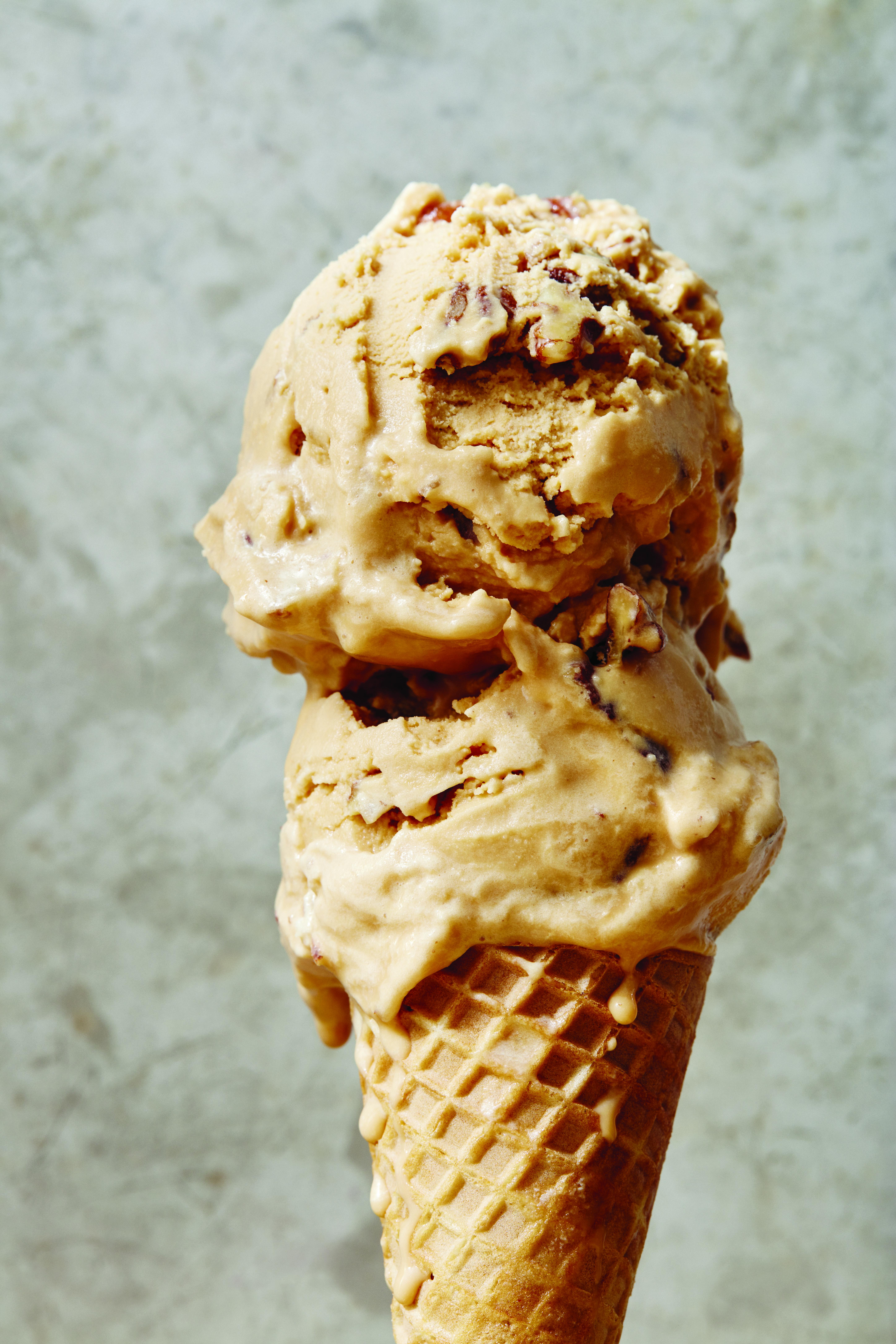 photo of caramel ice cream cone