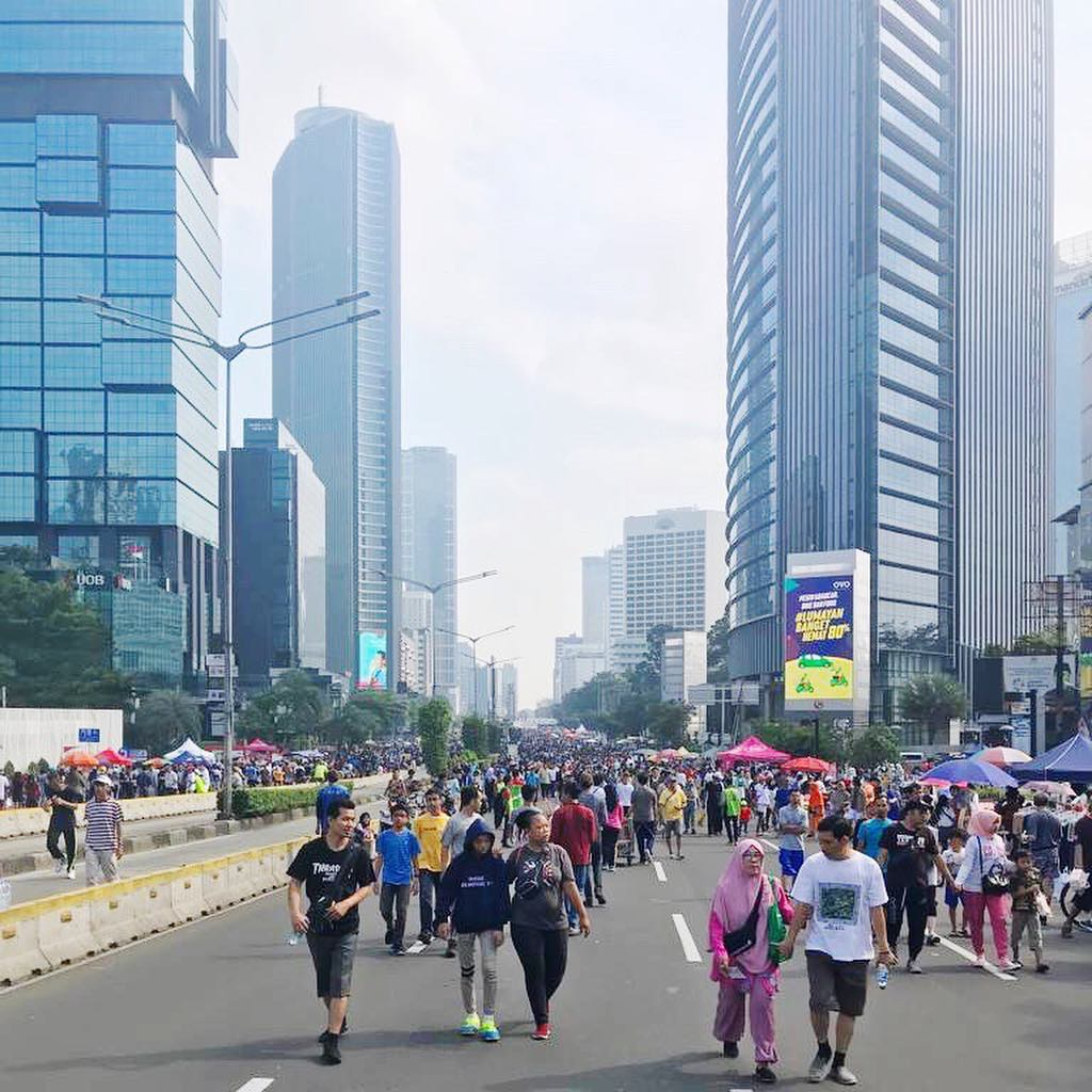 On Sunday mornings, some major roads in Jakarta are closed to cars to encourage people to walk 1